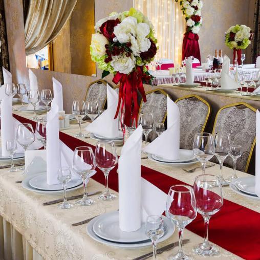 Ресторан для свадьбы с небольшим залом